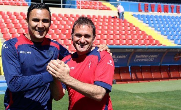 Luis Llopis é o novo treinador de GRs do Real !