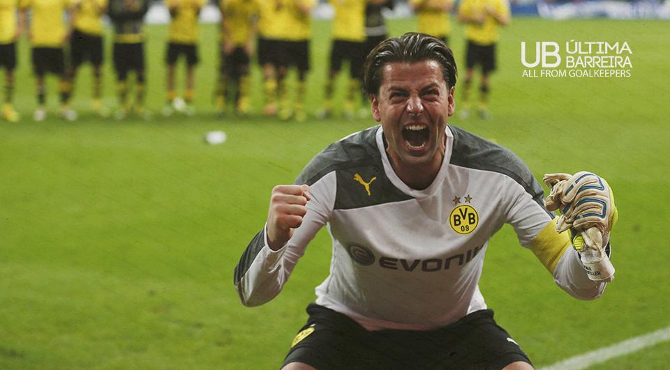 Weidenfeller renova pelo Dortmund