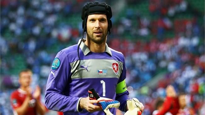 O fim da campanha internacional de Cech?