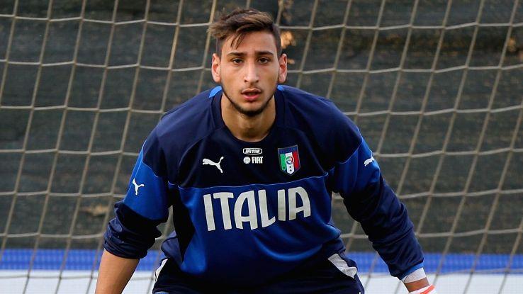 Donnarumma volta a fazer história… agora por Itália!