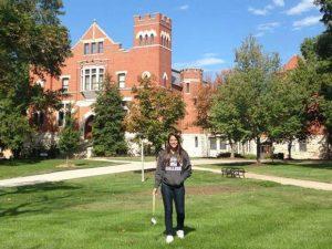 Estudante brasileira cursa engenharia e mora no alojamento da Columbia College (Foto: Flavia Guedes/Arquivo pessoal)