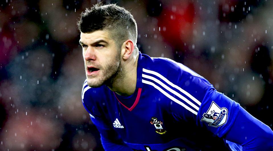 Southampton segura Forster até 2021