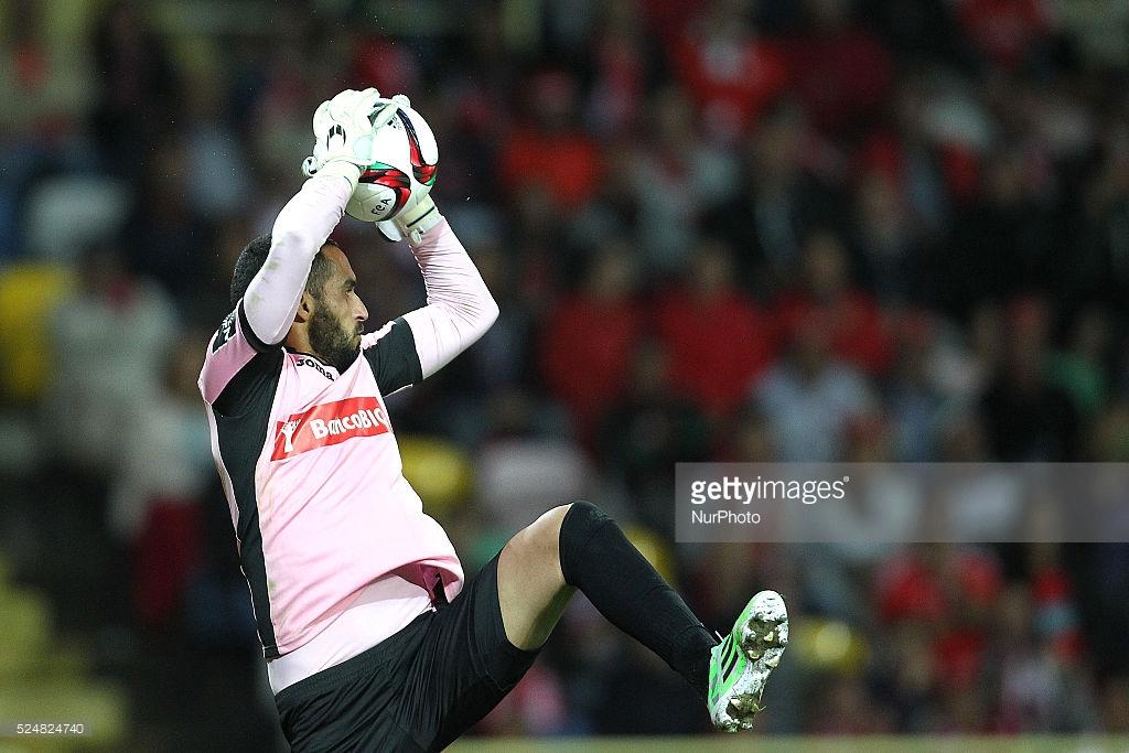 A fantástica defesa de Bracalli vs Benfica (video)