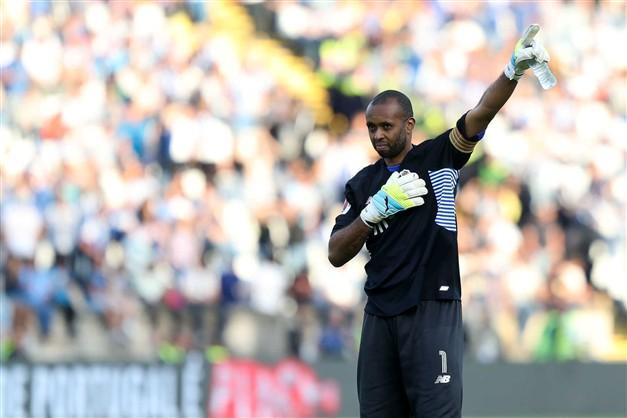 Helton já não é jogador do FC Porto…