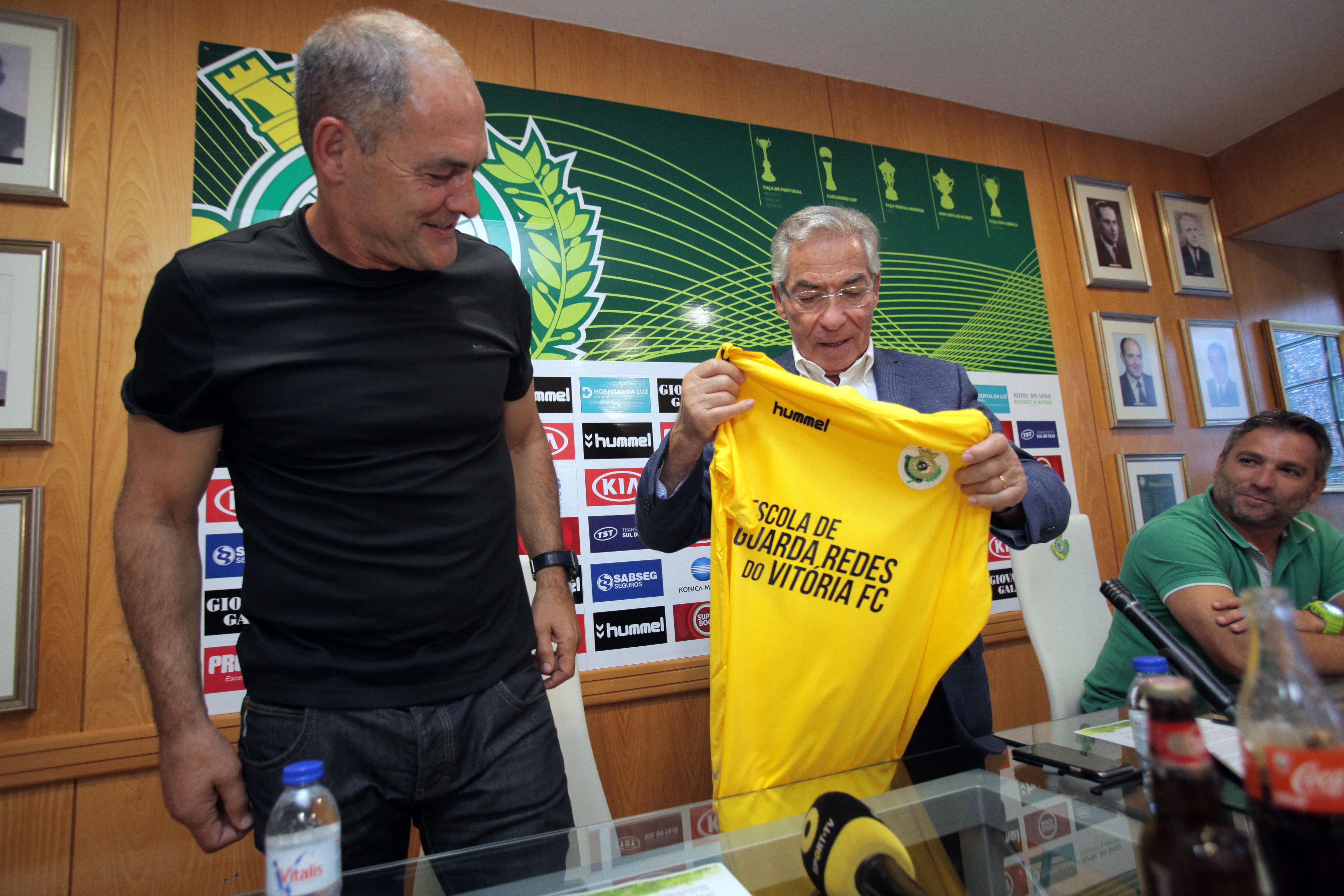 Vitória FC abre Escola de GR!