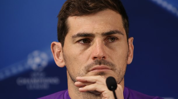 "Iker Casillas: o ""papa recordes""!"