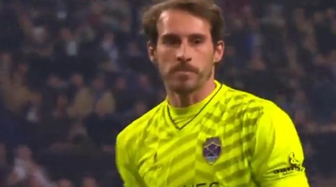 Defesa fantástica de António Filipe vs Porto (video)