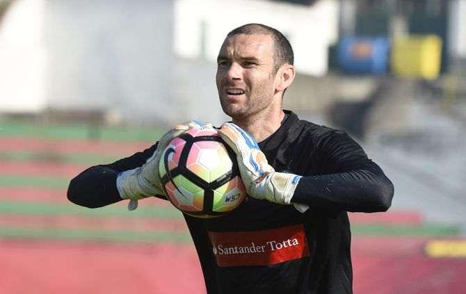 Gottardi segura Marítimo em vitória na Amoreira (video)