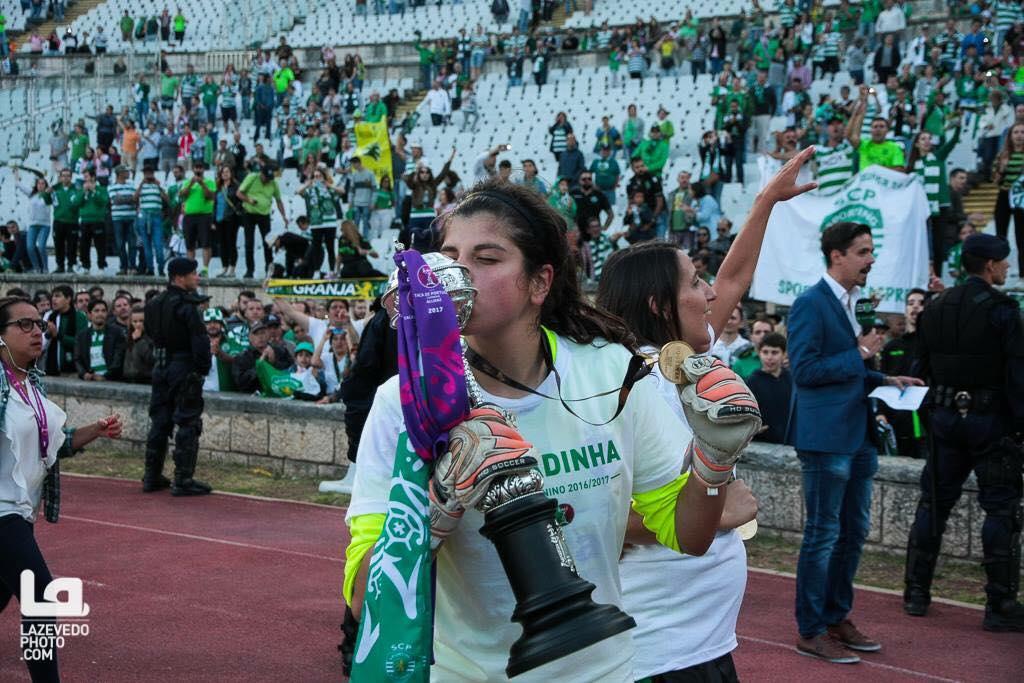 (Futebol Feminino) Com 18 anos e ganhou tudo em Portugal e vai à seleção!