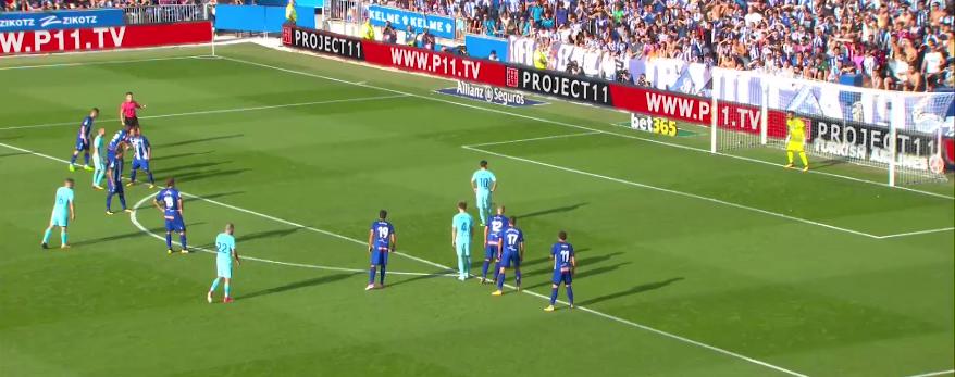 Pacheco defende penalti de Lionel Messi de forma brilhante! (video)