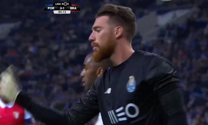 Um José Sá incrível para levar o Porto adiante contra o Braga! (video)