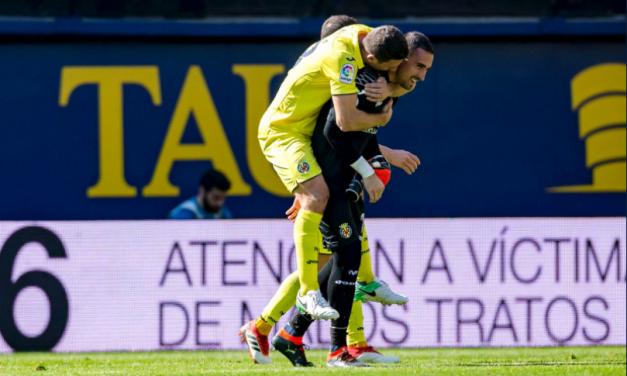 Asenjo volta a ser rei… ao defender duas grandes penalidades no mesmo jogo! 💛 (video)
