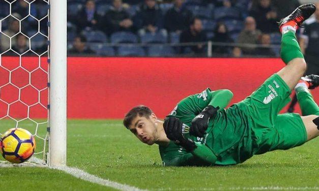 Em 2017/18, na liga portuguesa, não há melhor que Cláudio Ramos numa estatística específica… (video)