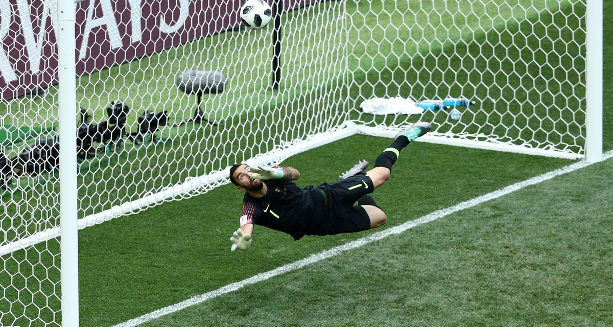 (Grandes) defesas que dão vitórias… Rui Patrício contra Marrocos! 🇵🇹🇲🇦 (video)