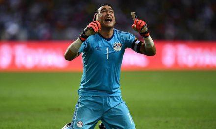 El-Hadary é, oficialmente, o jogador mais velho de sempre a jogar num Mundial!