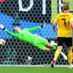 Uma jogada genial da Bélgica… que termina de forma ainda melhor: com defesa de Pickford! (video)