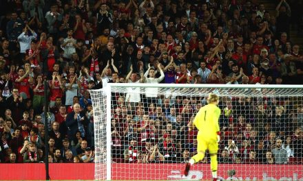 Karius no regresso a Anfield: Pequenos gestos que significam muito.