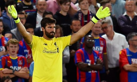 O porquê de Alisson ser um dos melhores na distribuição com os pés, agora em Liverpool (video)