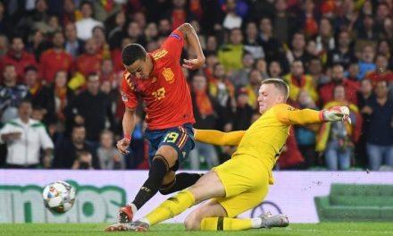 """Jordan Pickford… o início de """"sorte"""" e um desenrolar de talento. Na origem de 2 golos ingleses! (VIDEO)"""