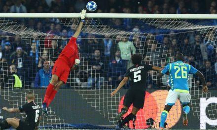 """Buffon, Handanovic e Zoet… num espectáculo """"milionário"""" de guardiões! (VIDEO)"""