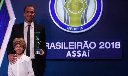 Marcelo Lomba, eleito o melhor guardião do Brasileirão'18. Eis as suas melhores defesas este ano! (VIDEO)