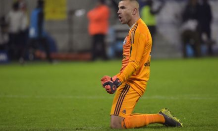 "E tudo Anthony Lopes defendeu… para parar o ""gigante"" PSG! (VIDEO)"