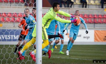 "#28 Dominik Greif – O gigante que os ""dragões"" procuram para a baliza pós-Casillas"