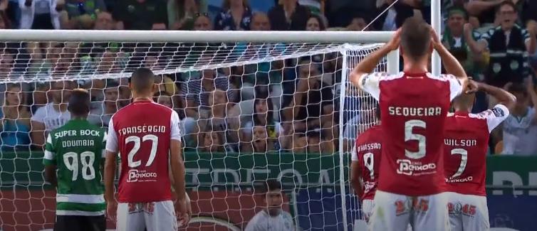 90 segundos de um SUPER Renan Ribeiro! Duas defesas incríveis para segurar o Sporting CP! (VIDEO)