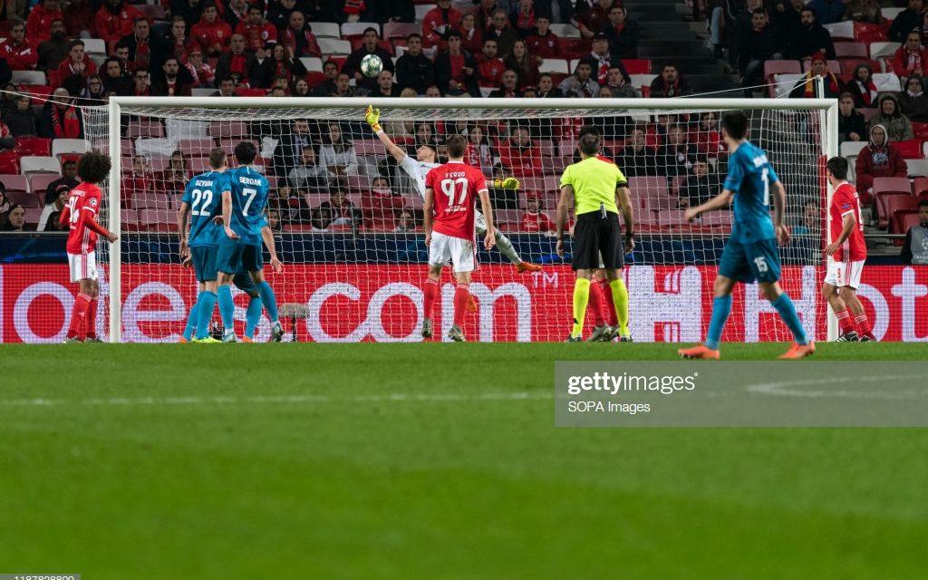 A mão de Vlachodimos que ajudou o SL Benfica a manter-se na Europa! (VIDEO)